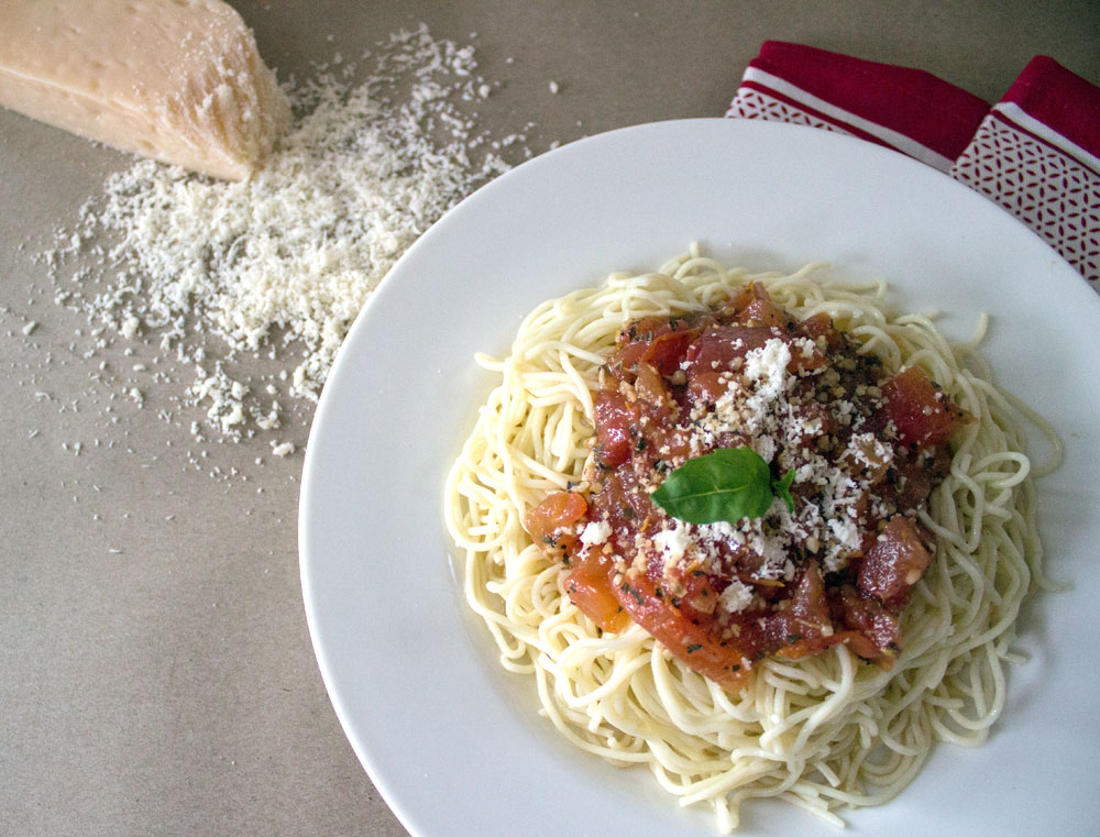 Tomato & Garlic Pasta
